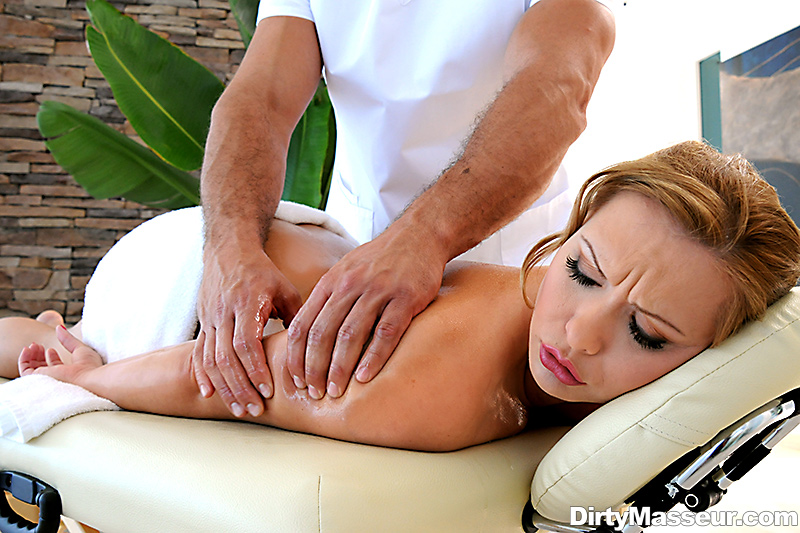 dirty-masseur-discount